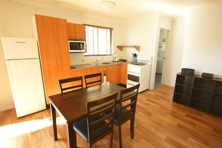 Travellers Flat (Cheap but close to Sawtell Beach) - Toormina