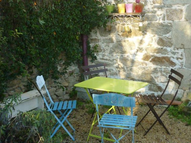 Maison meublée cosy dans le vignoble nantais - Clisson - Haus