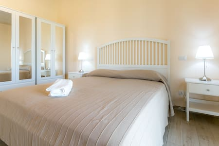 """Masseria Cocciolicchio - casa """"Girasole"""" - Lecce - Villa"""