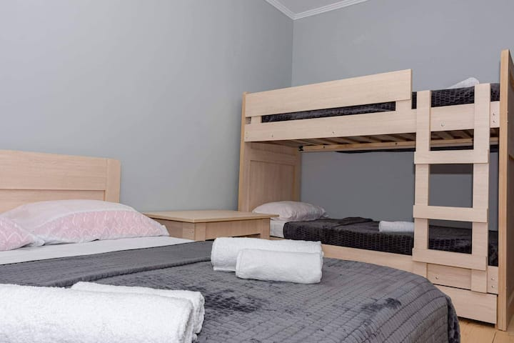GuestHouse SHERA Room 2 For 5 Person