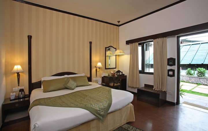 Superior room in Nainital for 2 guests