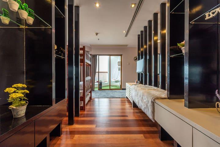 LUXURIOUS Resort Sunway Lagoon 4-8 Pax FREE WIFI
