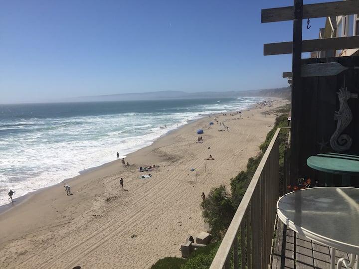 Ocean Front Townhome - On the Beach, Manresa Beach