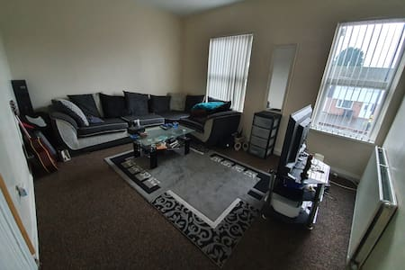 4 Person flat B27. NEC - Resorts World - Solihull