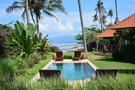 Rumah Imbang on Sea -SeaView Villa1