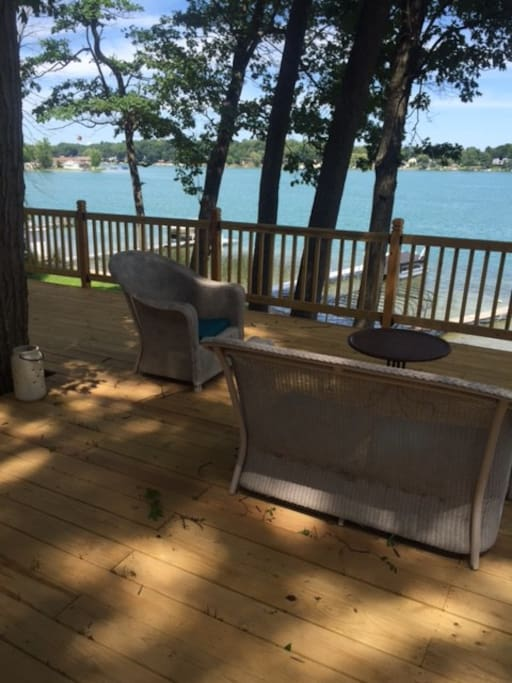 900 square foot deck overlooking lake