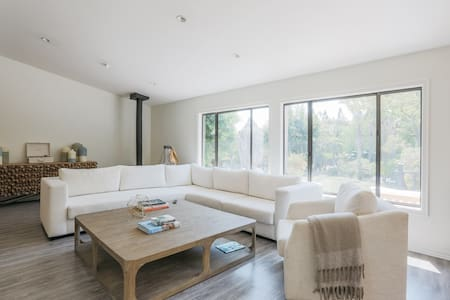 Luxury 5 Bed Malibu Dream House Ranch with Pool! - Malibu - Maison
