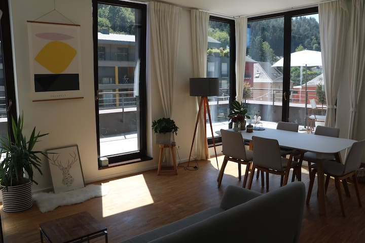 Bright & beautiful flat with private roof terrace