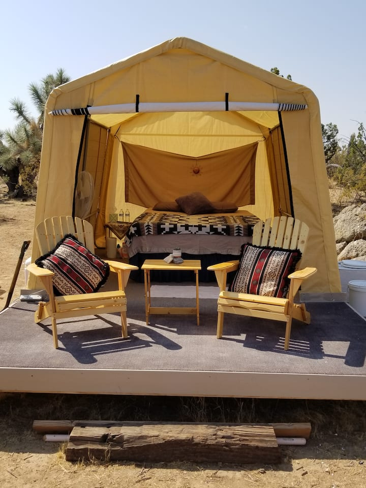 OFF GRID  Glamping in gold miner/cowboy country.
