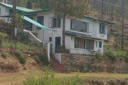 Himalayan Hamlet (Foothills Estate) Ranikhet - Almora