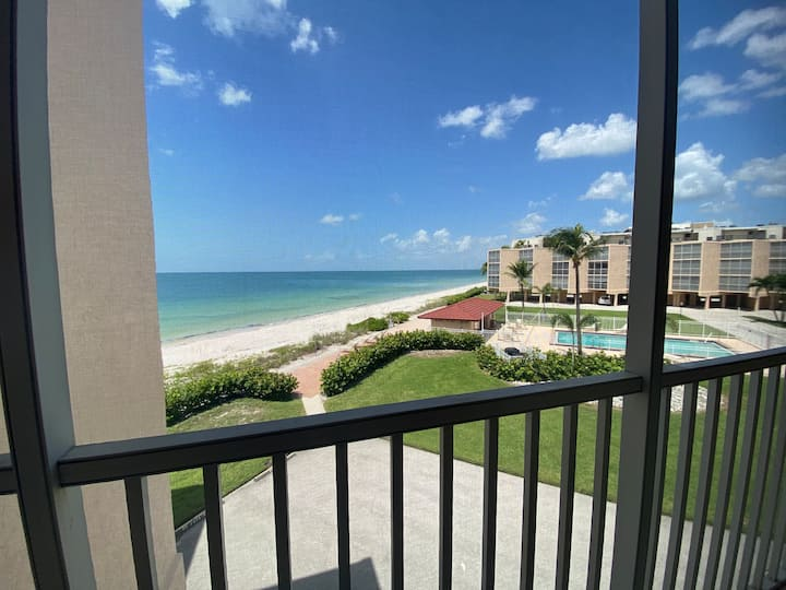 Spectacular Gulf Views at Dolphin Way