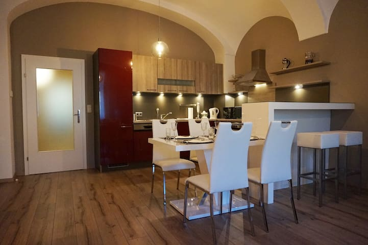 Moderne Ferienwohnung am Stadtplatz in Litschau