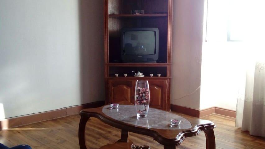 Aluga se vivenda T3 para férias. - Torre de Moncorvo - House