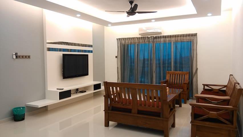 1 SKY Condo, Penang @ 3 Rooms 2 Baths, Bayan Baru - Bayan Lepas - Selveierleilighet