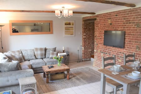 The Threshing Barn - Perfect country escape