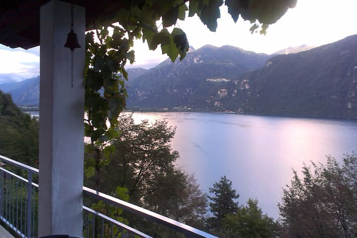 Casa Lago d'Idro - 200m walk to the Lake Idro - Anfo - House