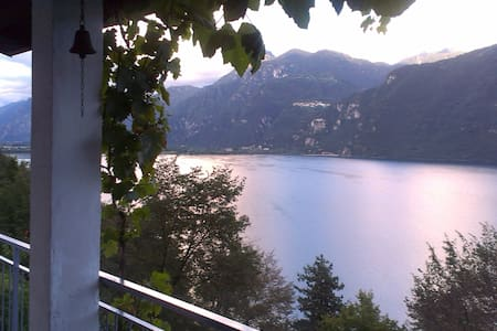 Casa Lago d'Idro - 200m walk to the Lake Idro - Anfo - 独立屋