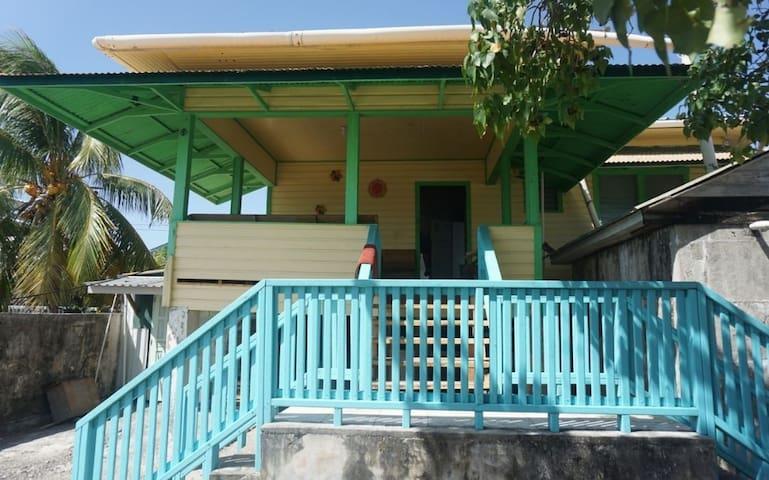 Beautiful House Fully Furnished in Utila