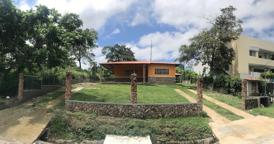 """""""El Rancho de la Huasa y el Sambito"""""""