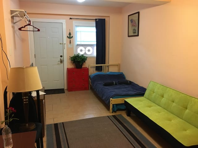 Best located studio with parking near Tropicana - Atlantic City - Huis