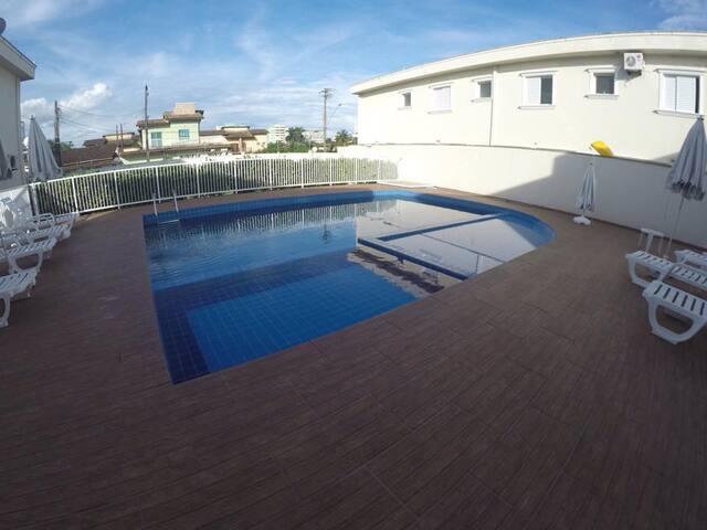 Casa em condomínio a 100 m da praia - Bertioga/SP - Bertioga - Huis