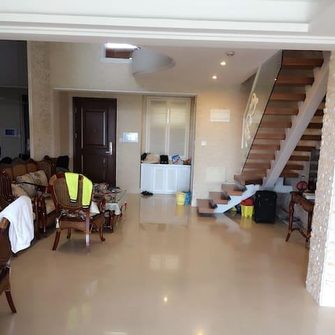 三亚最高端小区半山半岛私人公寓短出租    高端,安静,优雅。就是一句话,高端大气上档次 - Sanya - Rumah tumpangan alam semula jadi