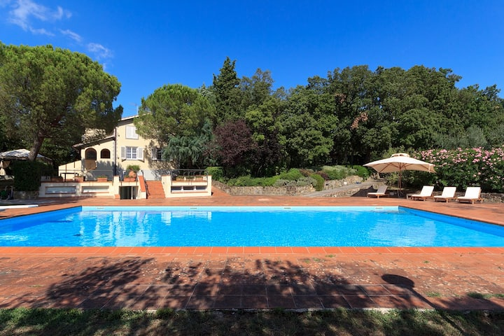 Chianti Deluxe Villa large pool and A/C