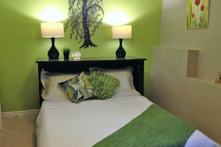 Private Level Home away from Home - Hammonds Plains