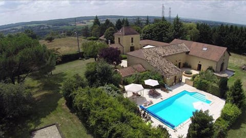 Pepeyrand- 2 bedroom - tranquility in Dordogne