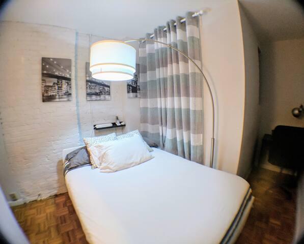 Full-size memory foam mattress
