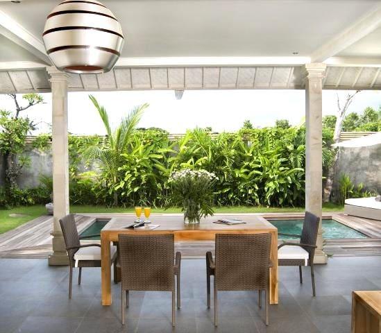 2 BR Luxury Holiday Villa Seminyak - Kuta Utara - Вилла