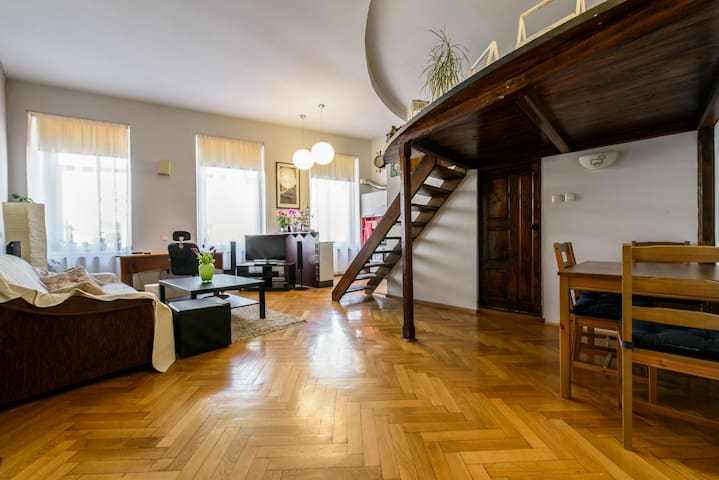 Stylish Studio Kronstadt - Brașov - Appartement