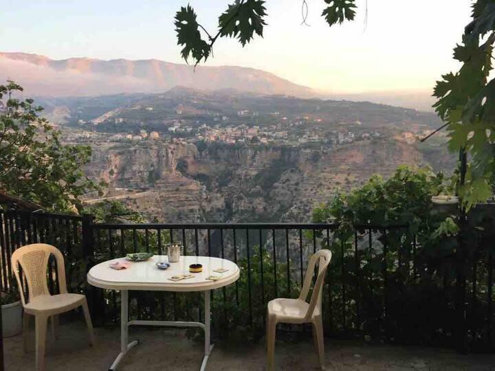 Panoramic Qadisha Valley View (Private Room 1)