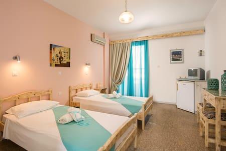 Kalathos Sun Hotel - Kalathos - Bed & Breakfast