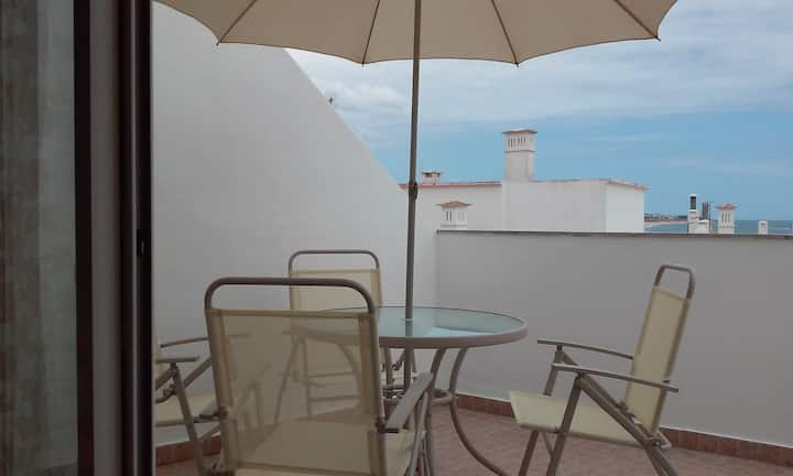 1 Bedroomed apartment with sea view