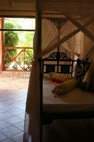 Tamani Villas - Garden Room - Matemwe