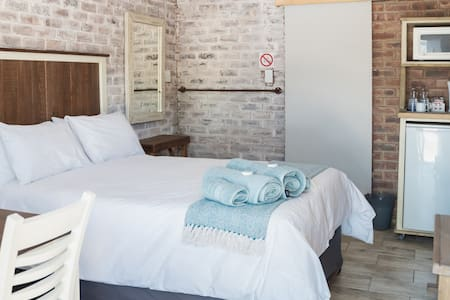 Opstal Guestfarm - Double Room