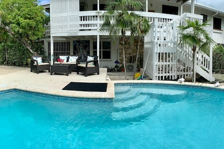 House By Grace Beach-Studio for2,pool,AC,reef,Wifi