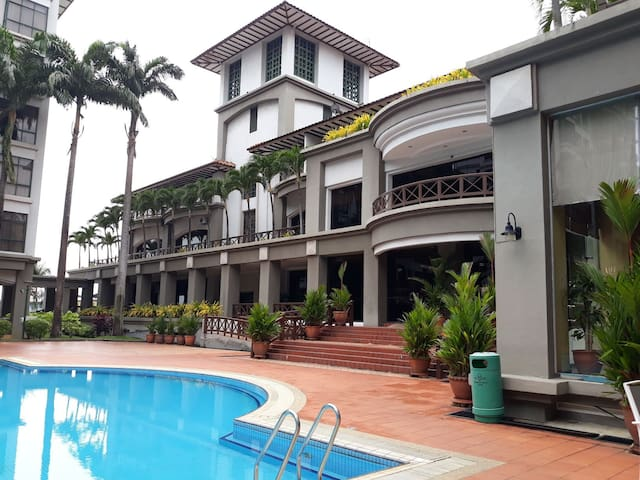 CM 马六甲市 MAHKOTA HOTEL/MODER新装修 WITH POOL泳池WIFI