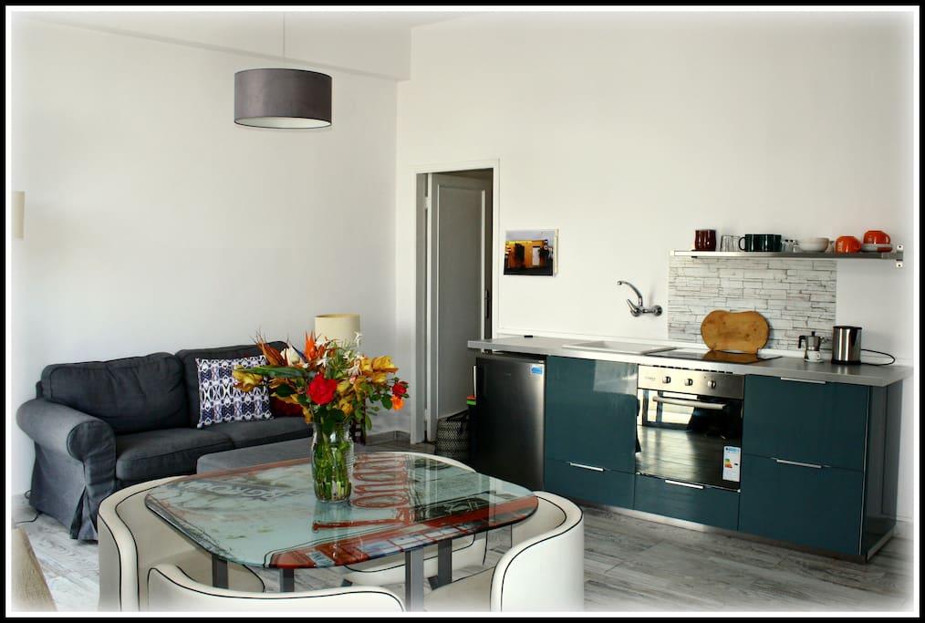Küchenzeile, Studio
