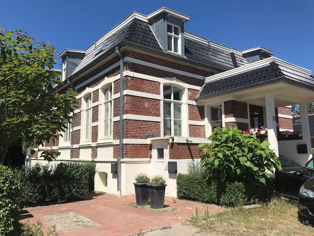 Historisch pand, Historisches Gebäude