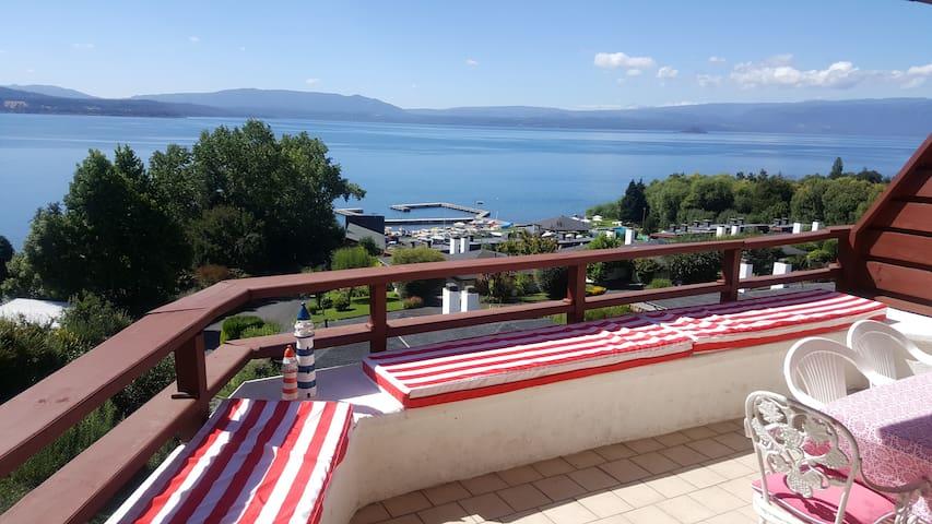 Depto. en Lago Villarrica, Condominio Puerto Pinar