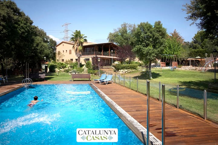 Masia Matadepera for 14 guests, only 25km from Barcelona! - Barcelona Region - Ev
