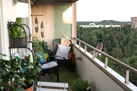 Penthouse apartment, 12min from central station - Danderyd
