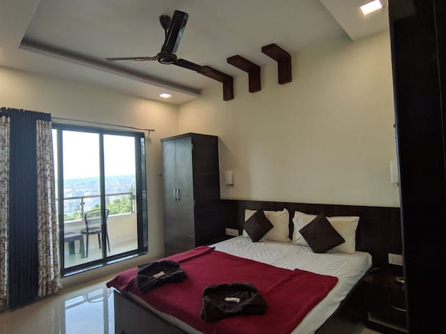 Exclusive Deluxe Room in Mahabaleshwar