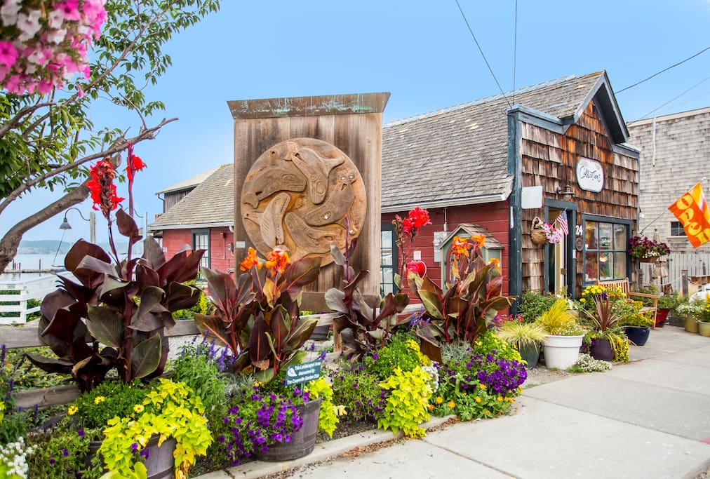 Located across the street from the library and seasonal farmers' market.