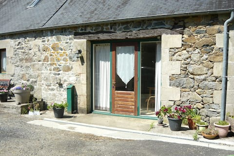 Peaceful Holiday Home in La Chapele Neuve with Swimming Pool