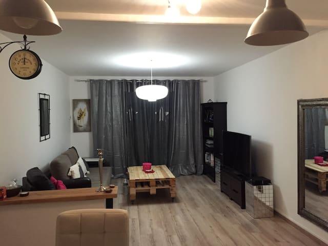 Chambres dans appartement cocooning - La Seyne-sur-Mer - Apartamento