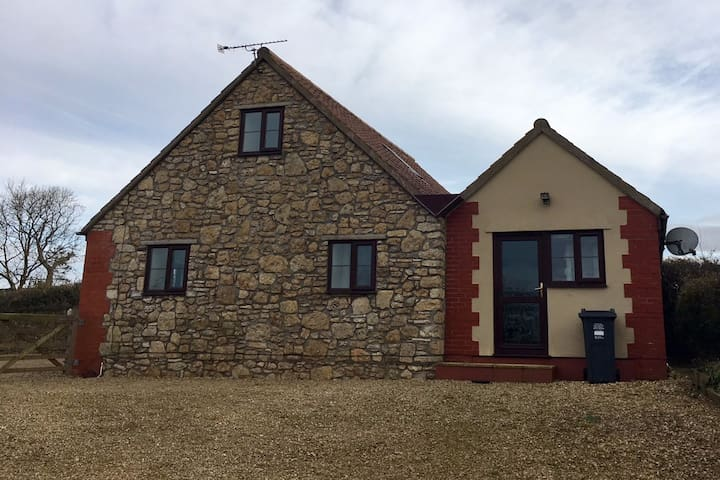 Mendips View Cottage, Dundry, BS41 8LU