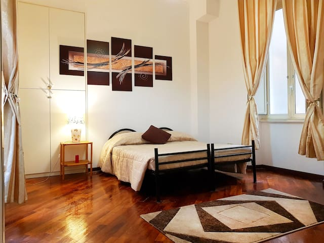 double, twin, triple room near Termini & Coliseum